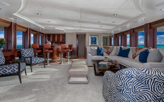 Motor Yacht Avalon Main Saloon and Bar
