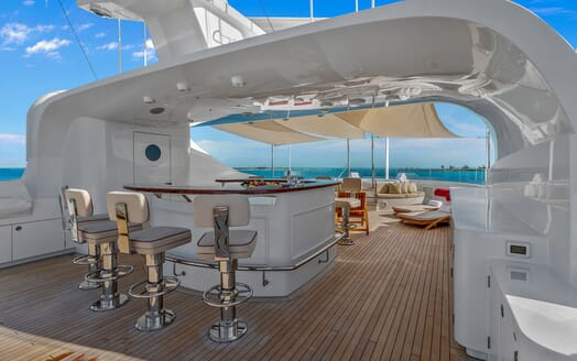 Motor Yacht Avalon Sun Deck Bar