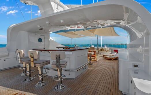 Motor Yacht Avalon Sun Deck Bar
