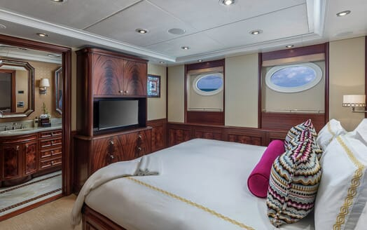 Motor Yacht Avalon Guest Double Stateroom TV
