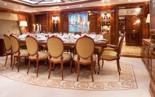 Motor Yacht ST DAVID Main Deck Dining Table