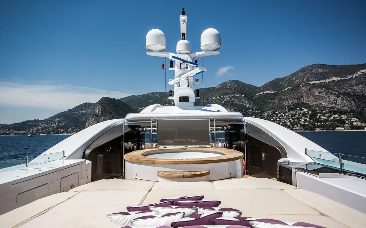 Motor Yacht ST DAVID Sun Deck Jacuzzi