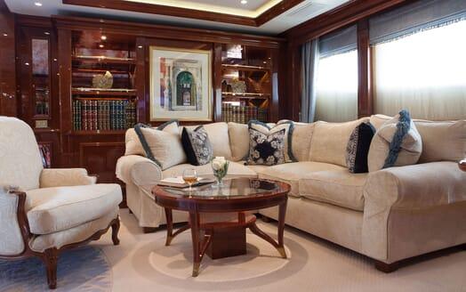 Motor Yacht ST DAVID Formal Salon