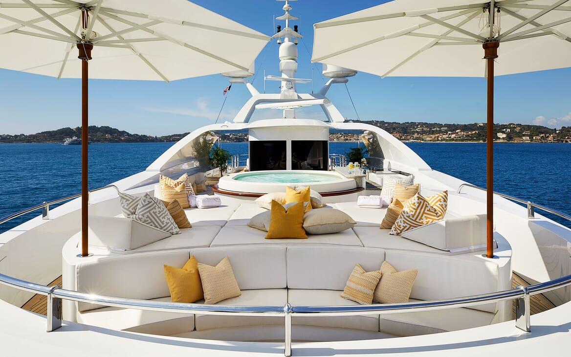 Motor Yacht ANDREAS L Forward Sun Deck