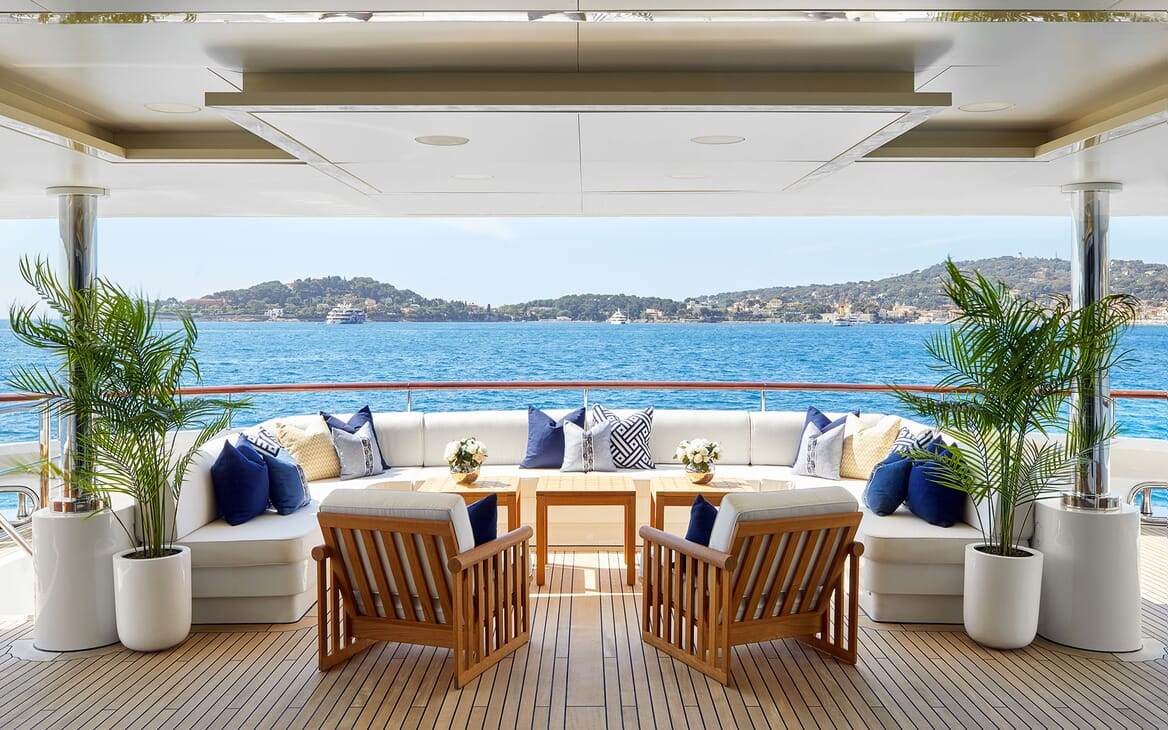 Motor Yacht ANDREAS L Aft Deck Seating