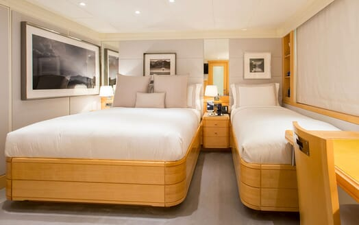 Motor Yacht LA TANIA Twin Guest Stateroom
