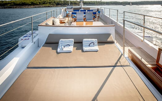 Motor Yacht CHANTELLA Sun Deck Sun Pad