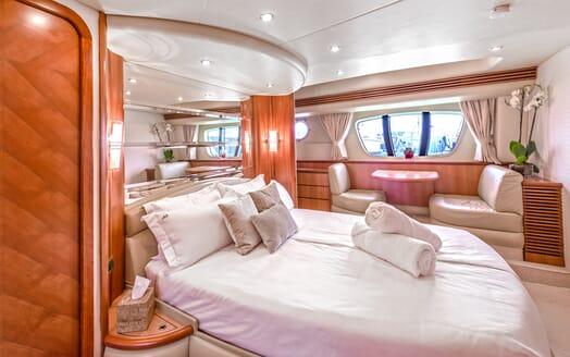 Motor Yacht Wini VIP stateroom