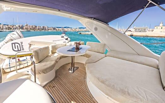 Motor Yacht Wini sundeck