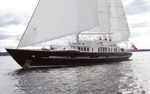 Sailing Yacht Sunny Hill