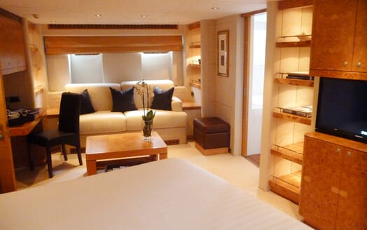 Sailing Yacht Sunny Hill stateroom