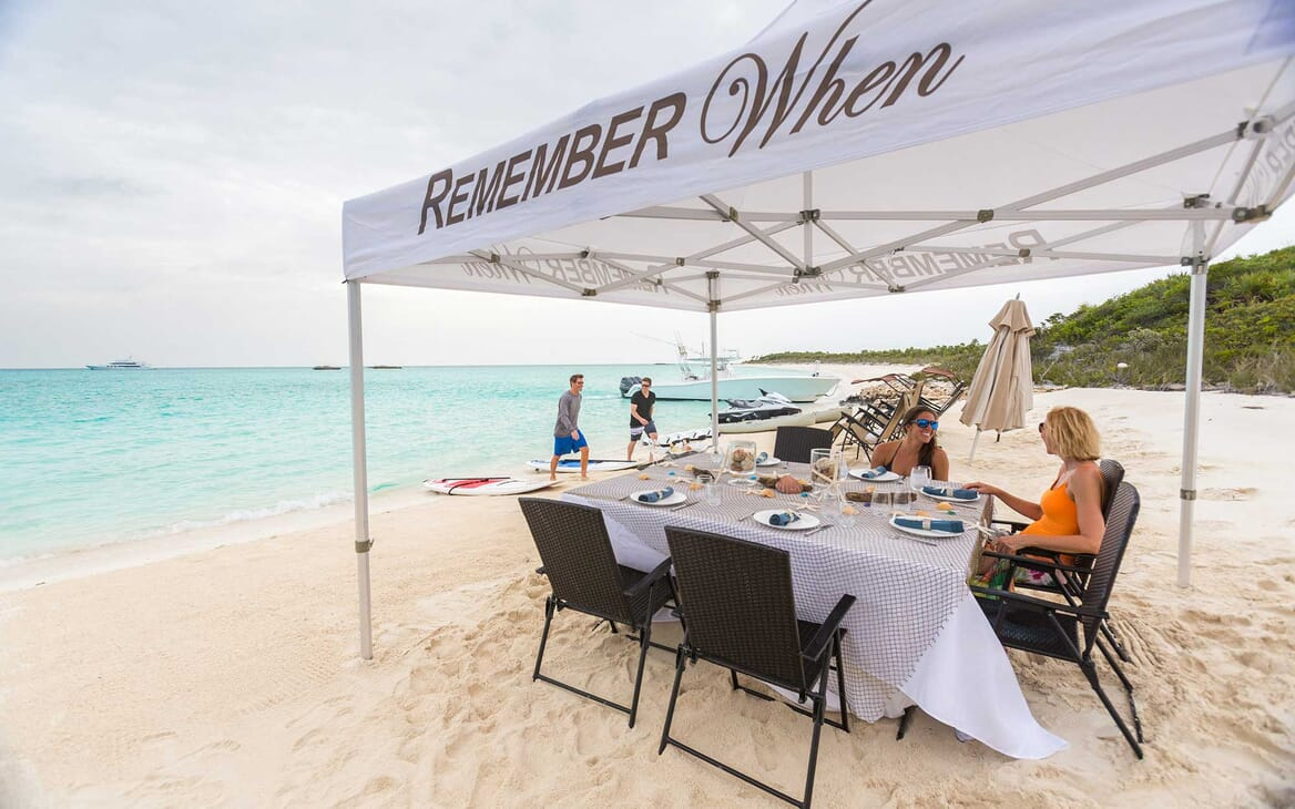 Motor Yacht Remember When beach