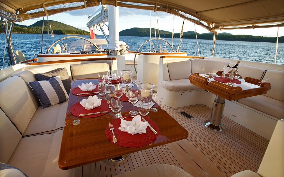 Sailing Yacht Asolare cockpit