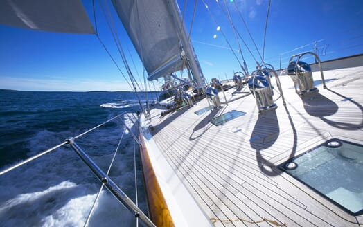 Sailing Yacht Asolare foredeck