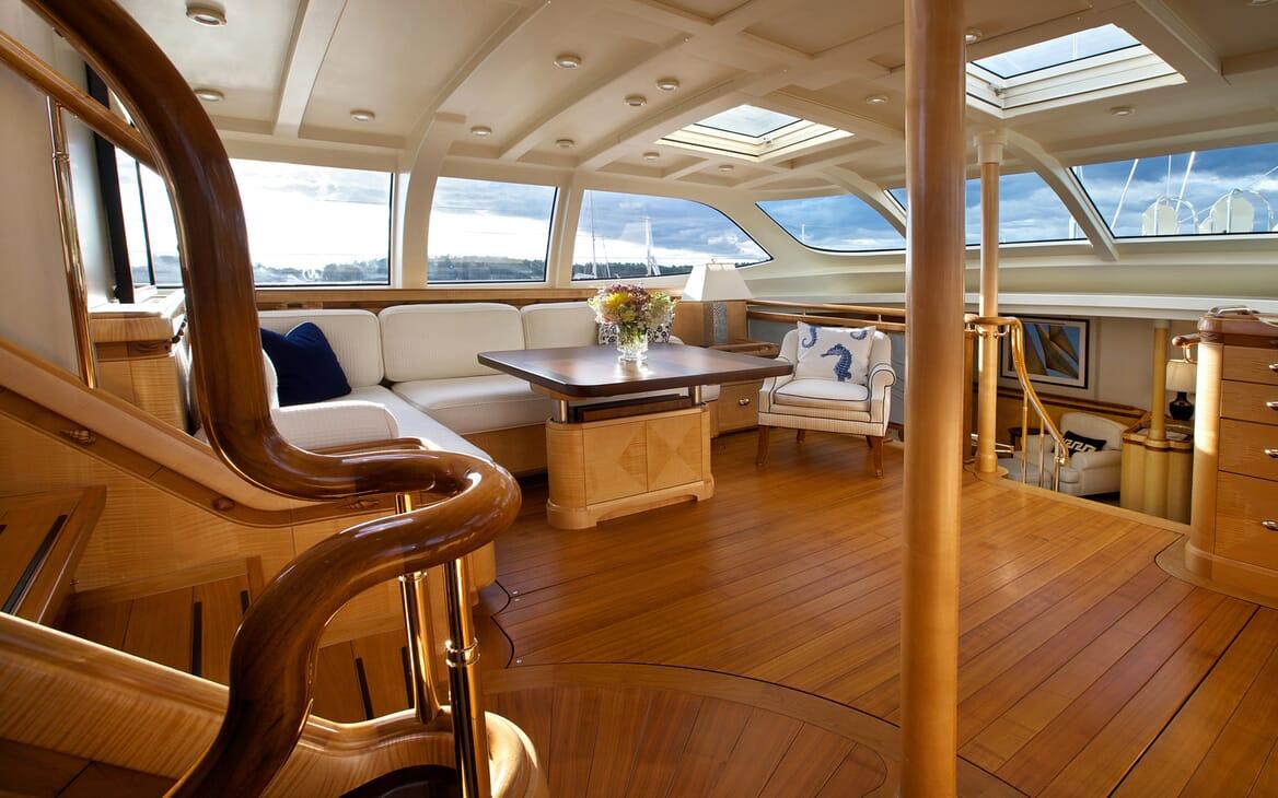 Sailing Yacht Asolare living area