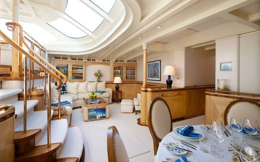 Sailing Yacht Asolare saloon