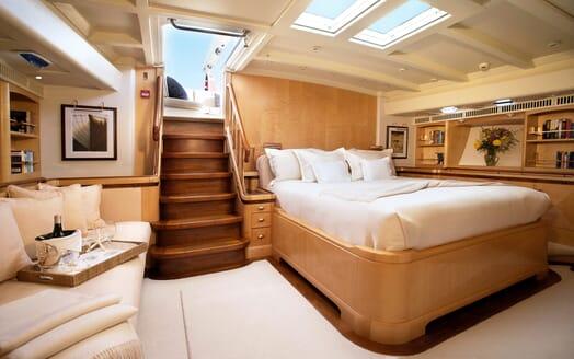 Sailing Yacht Asolare master cabin