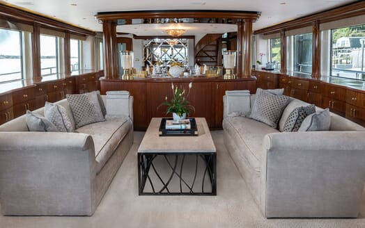 Motor Yacht NICOLE EVELYN Main Deck Saloon