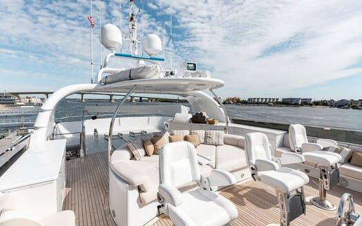 Motor Yacht Nicole Evelyn under anchor