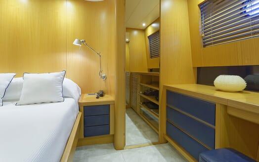 Motor Yacht Minou stateroom