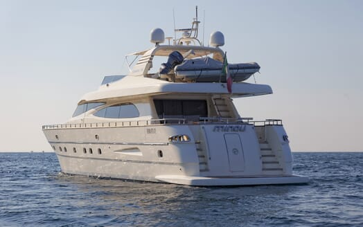 Motor Yacht Minou aft shot