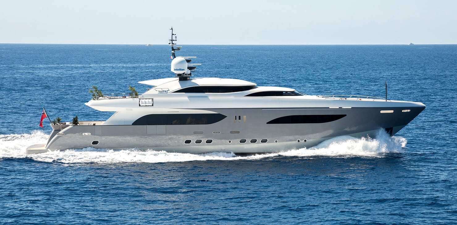 Motor Yacht TATII Profile Underway