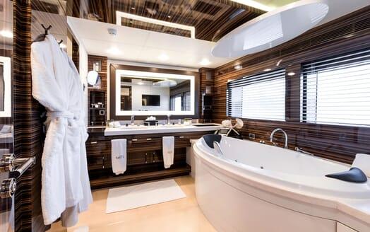 Motor Yacht TATII Master Bathroom