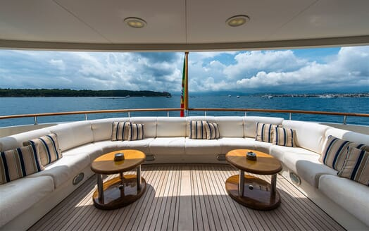 Motor Yacht TOMMY Aft Deck Seating