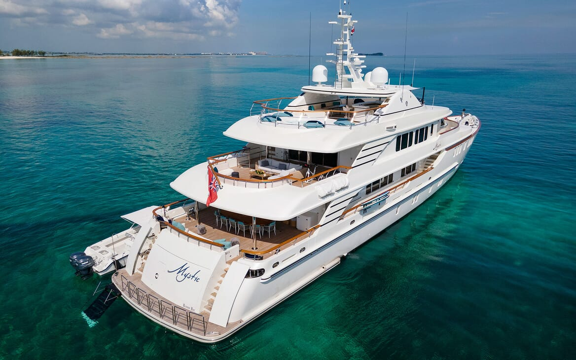 Motor Yacht MYSTIC Exterior Aft View