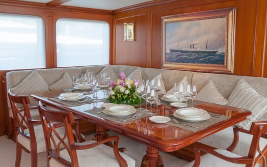 Motor Yacht Cassiopeia dining area