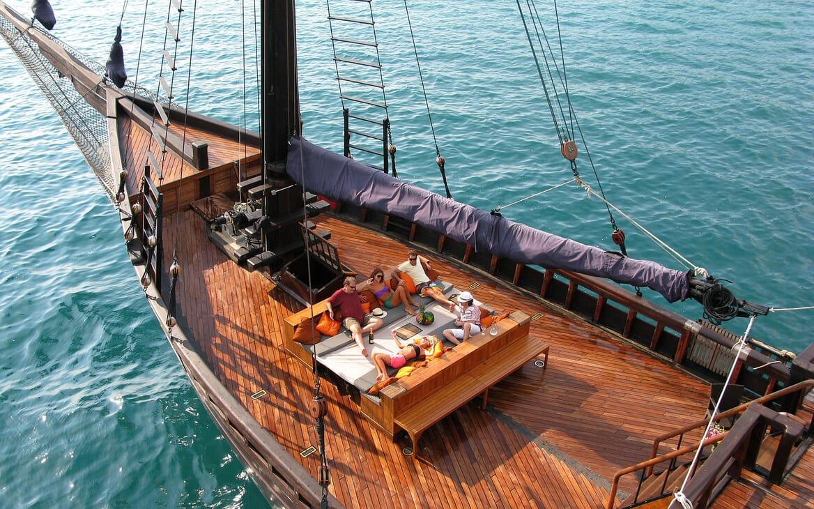 Sailing Yacht El Aleph foredeck