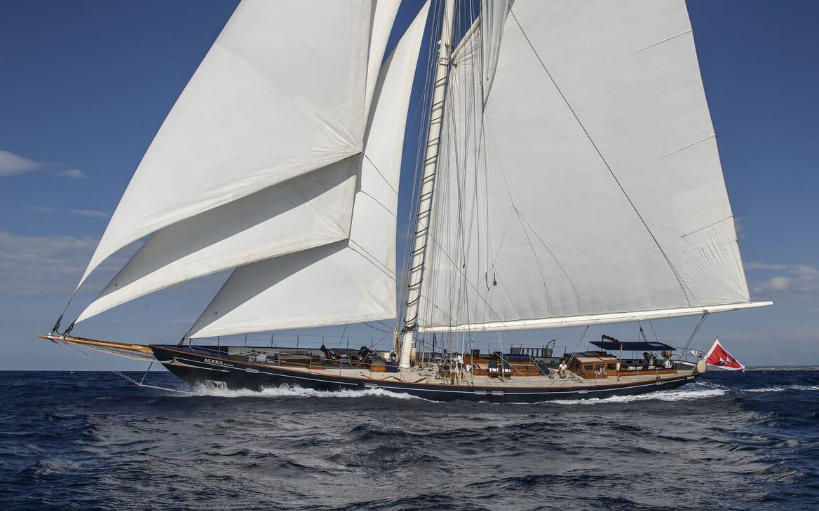 Sailing Yacht ALEXA OF LONDON Profile Underway