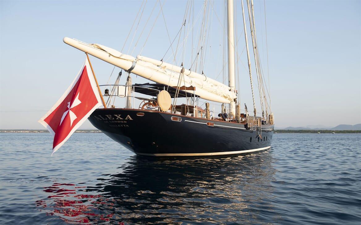 Sailing Yacht ALEXA OF LONDON Exterior Bow