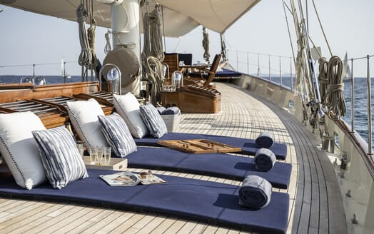 Sailing Yacht Alexa of London al fresco dining