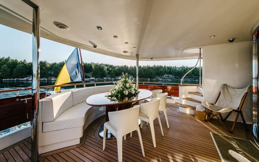 Motor Yacht Perla Nero outdoor seating area