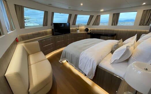 Motor Yacht Perla Nero master cabin