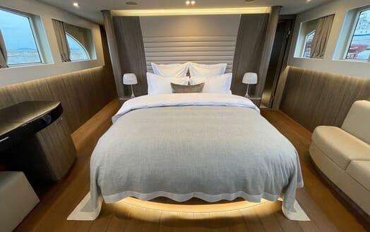 Motor Yacht Perla Nero VIP cabin