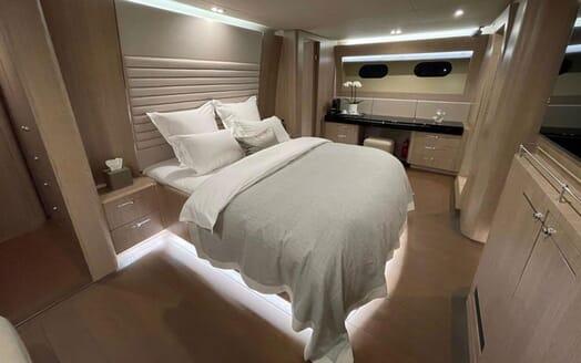 Motor Yacht Perla Nero guest cabin