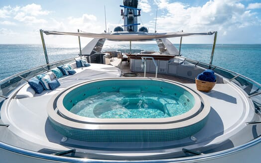 Motor Yacht VIBRANCE Sun Deck Jacuzzi 1