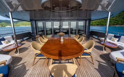 Motor Yacht VIBRANCE Upper Aft Deck Dining Table1