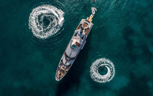 Motor Yacht VIBRANCE Top Down View with Jetskis