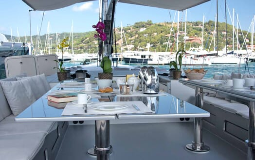 Sailing Yacht Roma al fresco dining