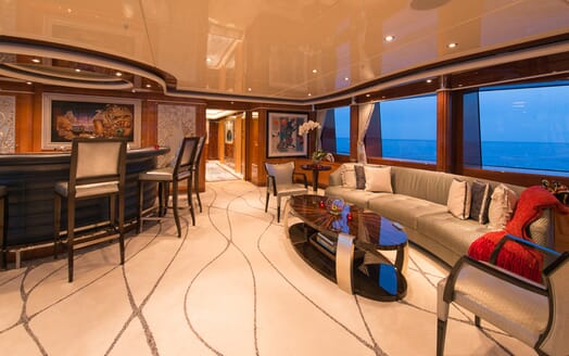 Motor Yacht Lady Sara living area