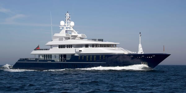 Motor Yacht TRIPLE 7 Profile