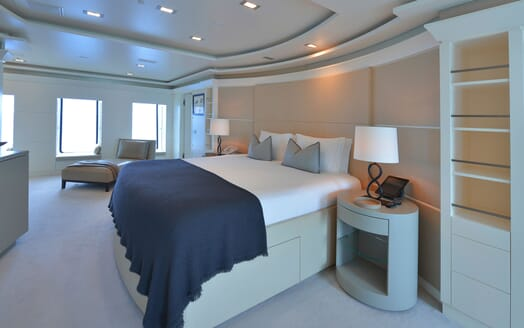 Motor Yacht TRIPLE 7 Master Stateroom 2