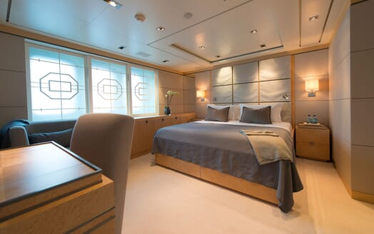 Motor Yacht TRIPLE 7 Guest Double Stateroom