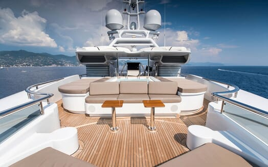 Motor Yacht TRIPLE 7 Sun Deck Seating and Pool