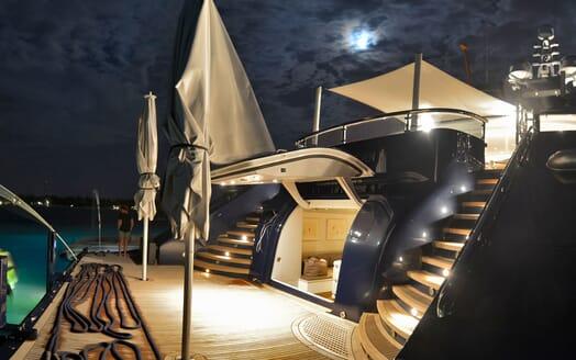 Motor Yacht TRIPLE 7 Aft Deck open