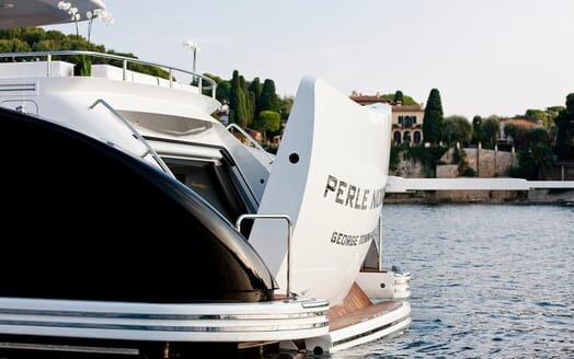 Motor Yacht Perle Noire aft