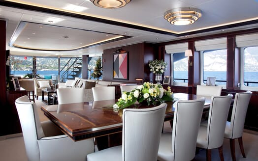 Motor Yacht Perle Noire dining area
